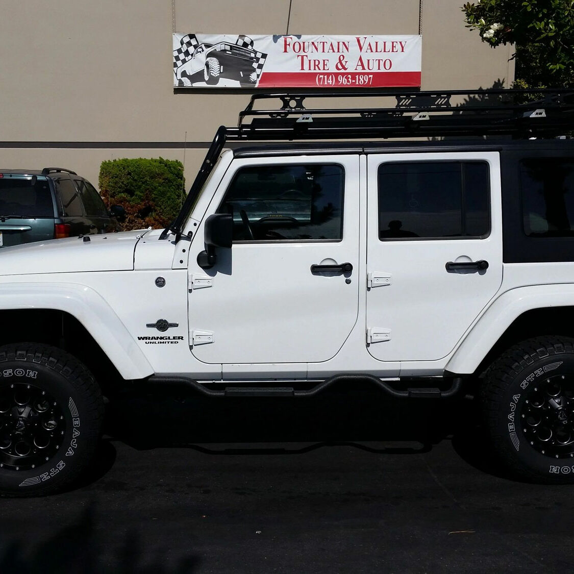 Jeep Wranglr JK Fuel off road Revolver Wheels adn Mickey Thompson STz's